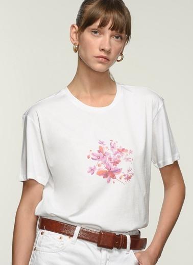NGSTYLE Ngkss21Ts0063 Baskılı Tişört Beyaz